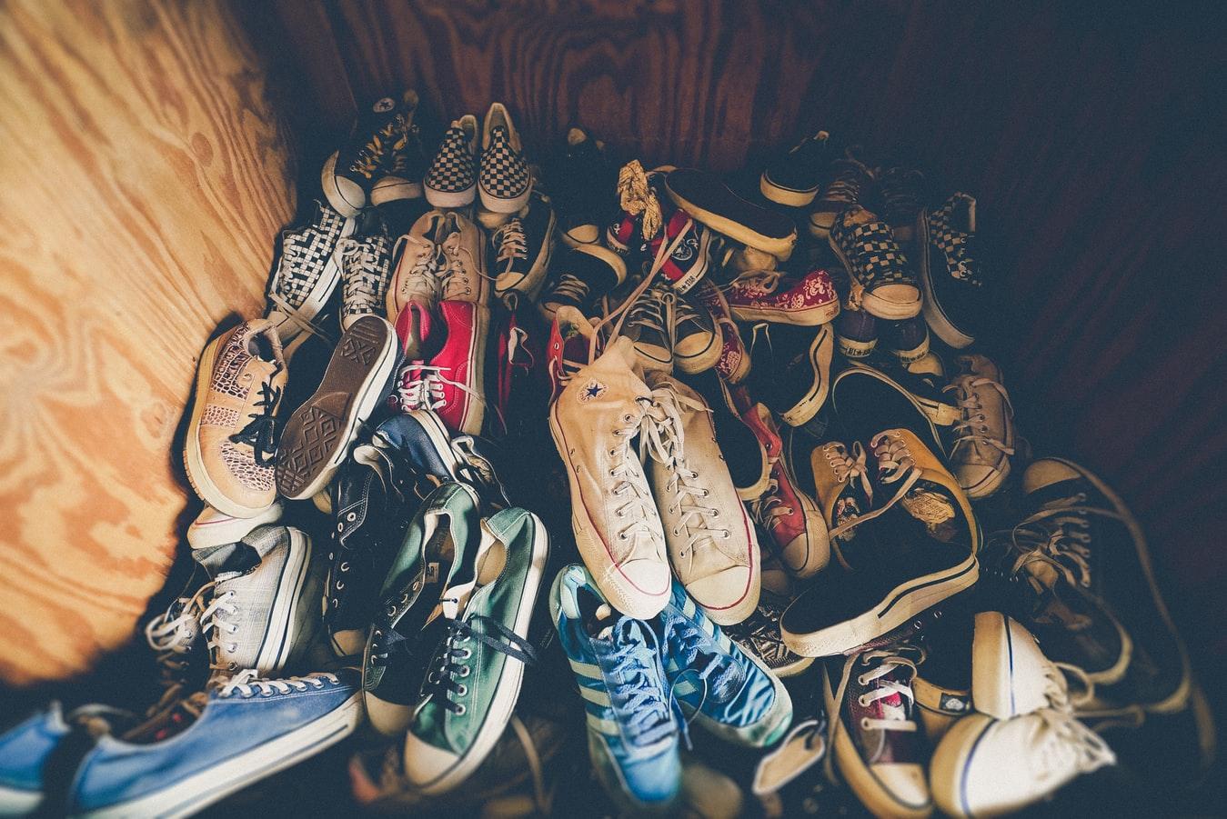 旅行の時に適している靴の紹介